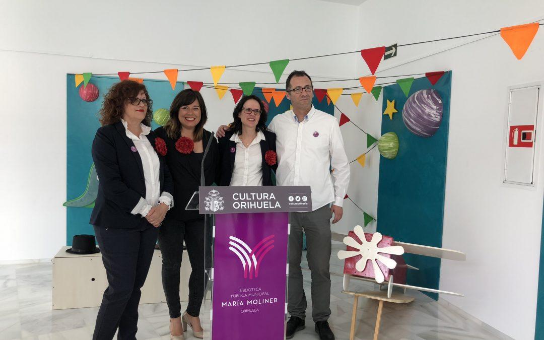 """La biblioteca municipal celebra el Día del Libro en Orihuela homenajeando a María Moliner y a """"El Principito"""""""