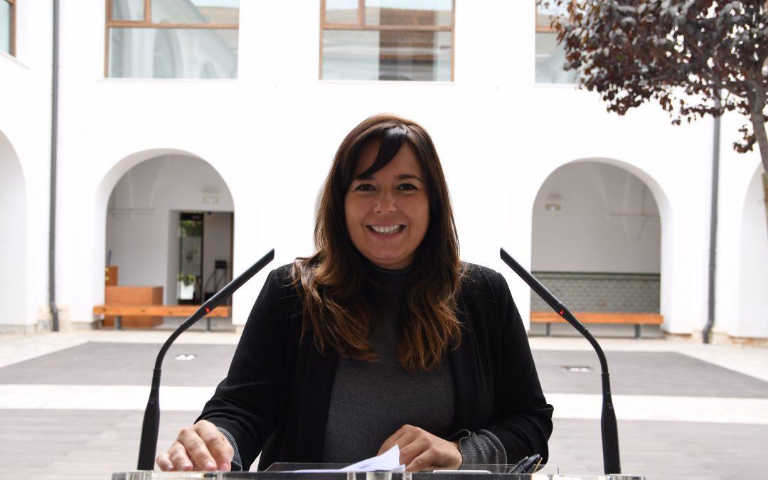 Mar Ezcurra solicita por escrito al Ayuntamiento de Madrid que los versos de Miguel Hernández figuren en el monumento  a las víctimas de la Guerra Civil
